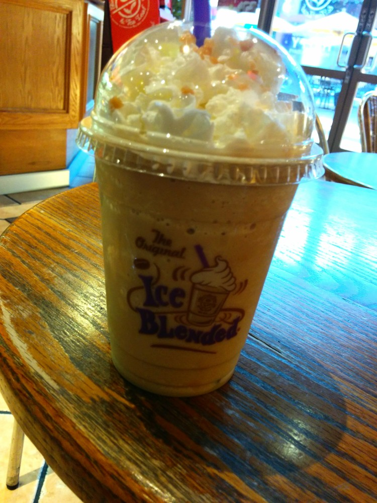 Coffee Bean Tea Leaf Holiday Drinks 2014